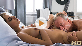 Sex Therapy with Julia Red