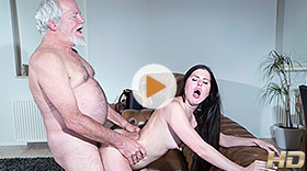 Old Yogin Fucks Teen with Cassie Right